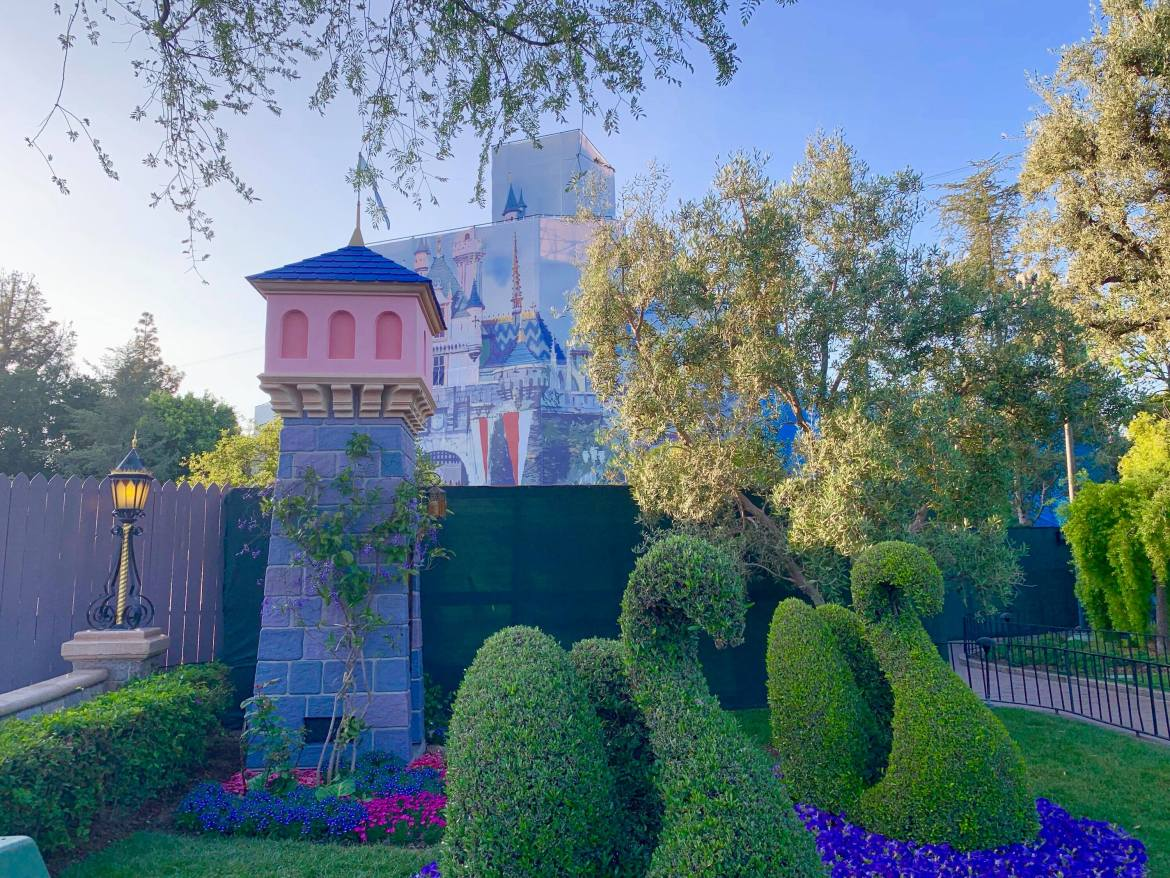 Construction Update: Sleeping Beauty Castle Will be Pink AND Blue!