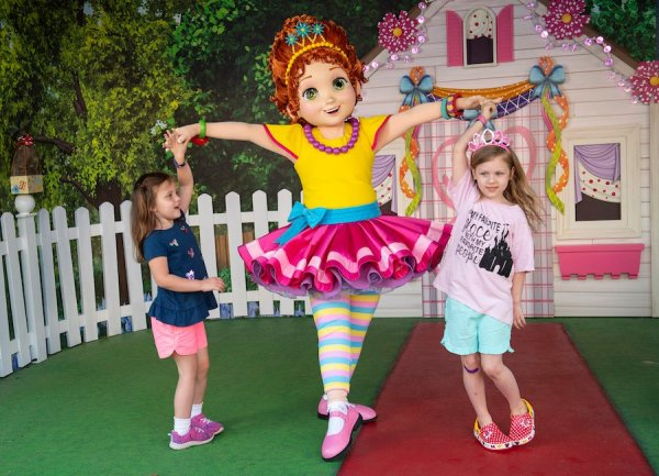 Fancy Nancy character has arrived at Disney's Hollywood Studios 2