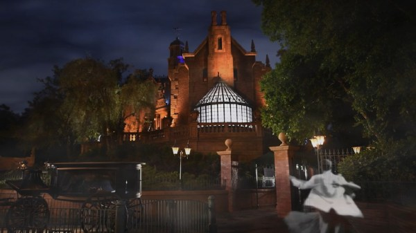 Special Experiences At Magic Kingdom Park For One Day Only To Celebrate Walt Disney World Resort's 13th Attraction Photo Location