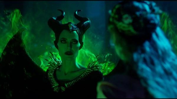 "Watch Disney's ""MALEFICENT: MISTRESS OF EVIL"" Starring Angelina Jolie, Elle Fanning & Michelle Pfeiffer 5"