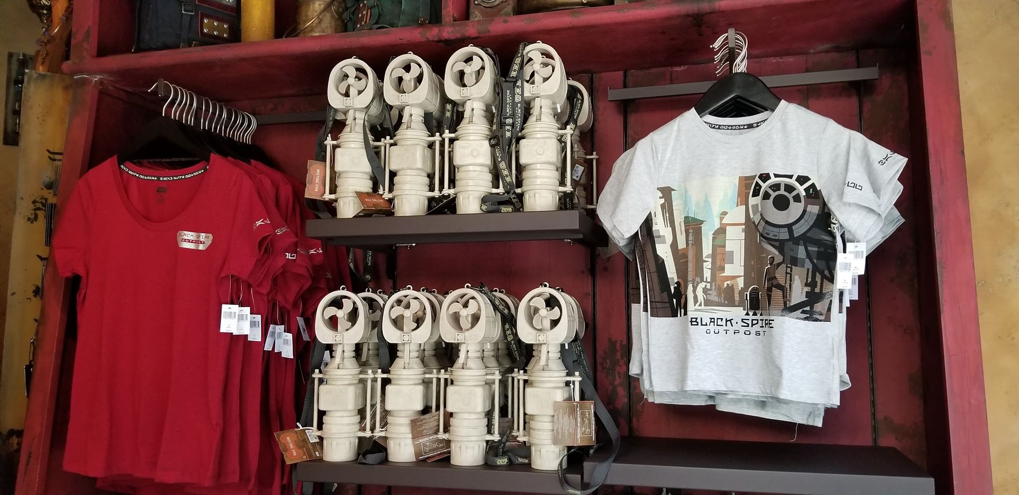 Photo Tour: Star Wars Galaxy's Edge Merchandise And Shops 3