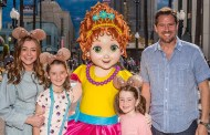 Alyson Hannigan Celebrates Fancy Nancy's Arrival at Disneyland