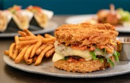 The Sand Bar Lounge at Disneyland Resorts to Feature New Menu Items.