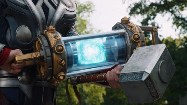Directors of Avengers: Endgame Confirm MCU Multiverse Exists and Loki is in an Altered Timeline 2