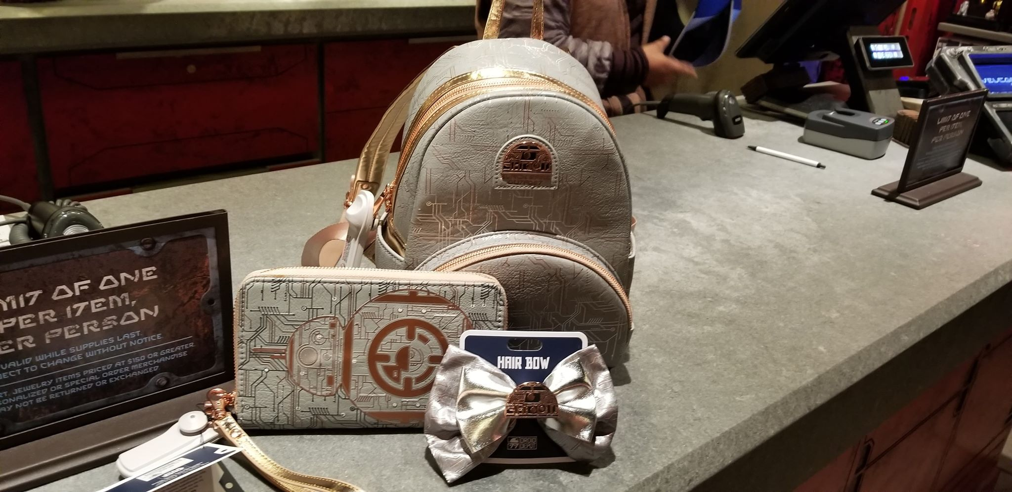 Galactic Cute Droid Accessories From The Droid Depot In Galaxy's Edge 1