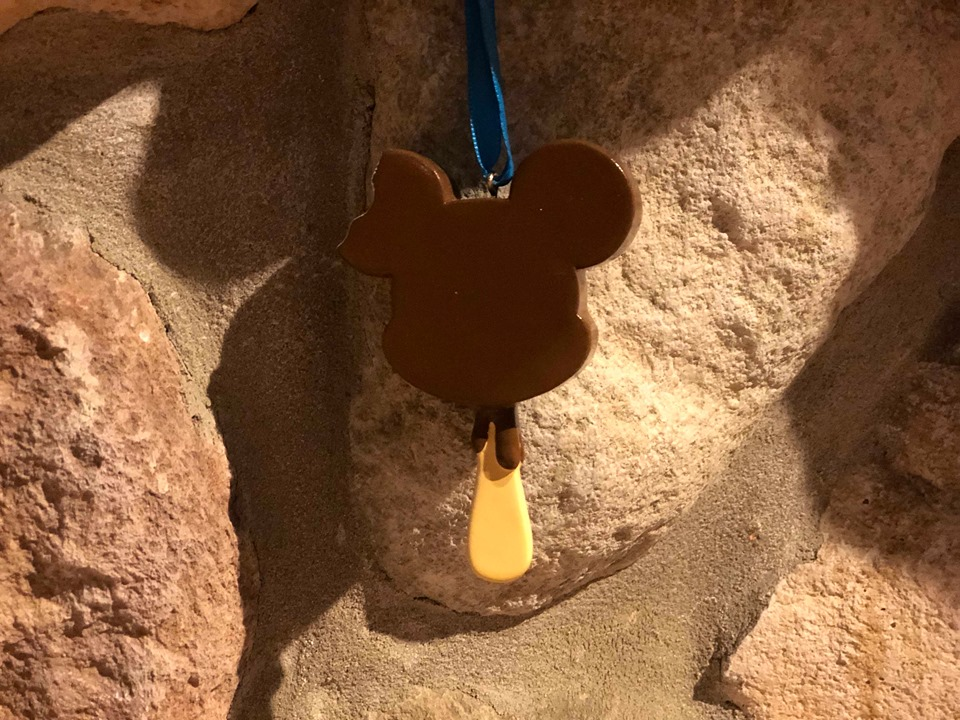 Disney Snacks Ornaments Add Sweetness To Your Decor 2