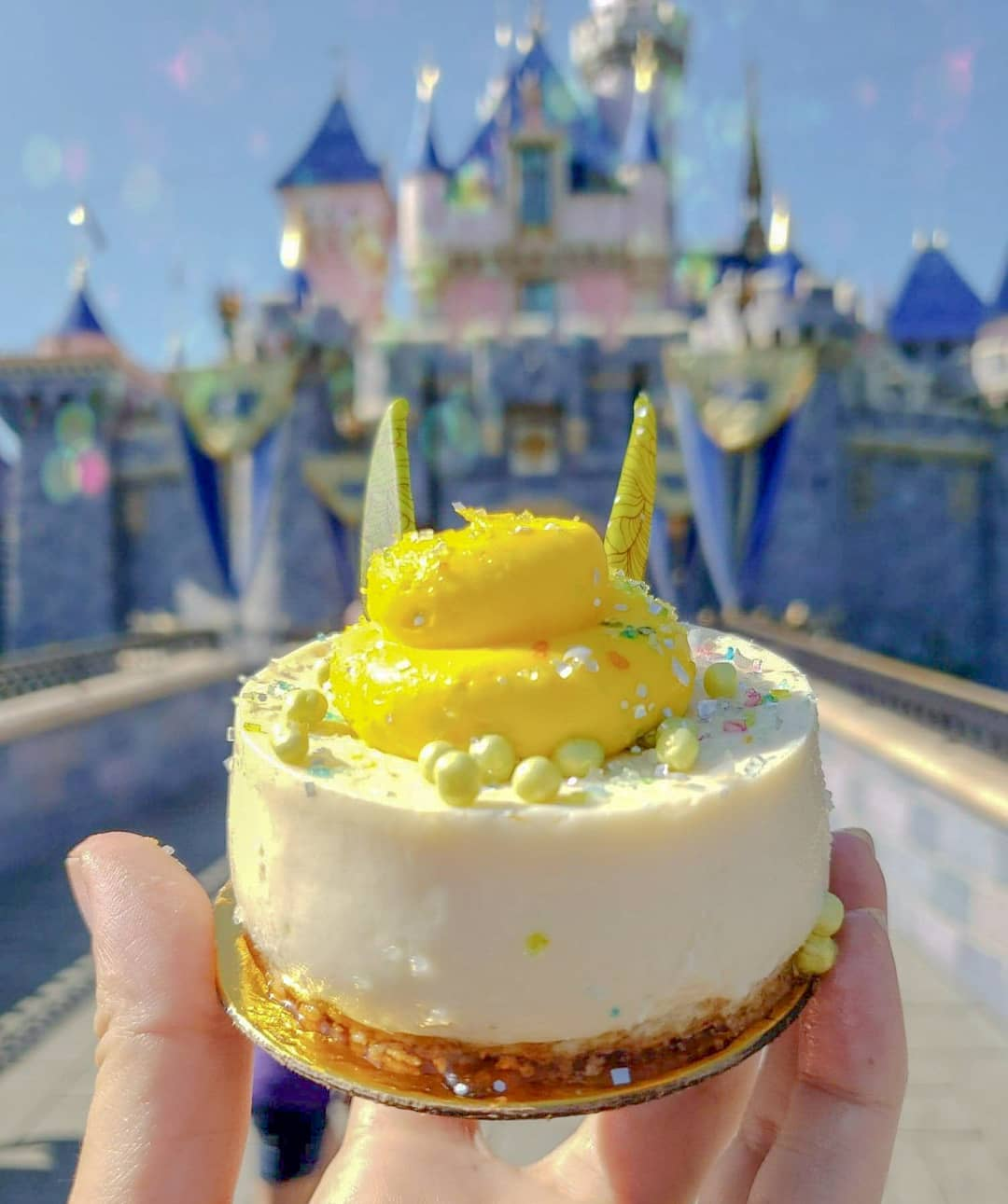 New Tinker Bell Inspired Coconut Cheesecake Has Landed At Disneyland Park