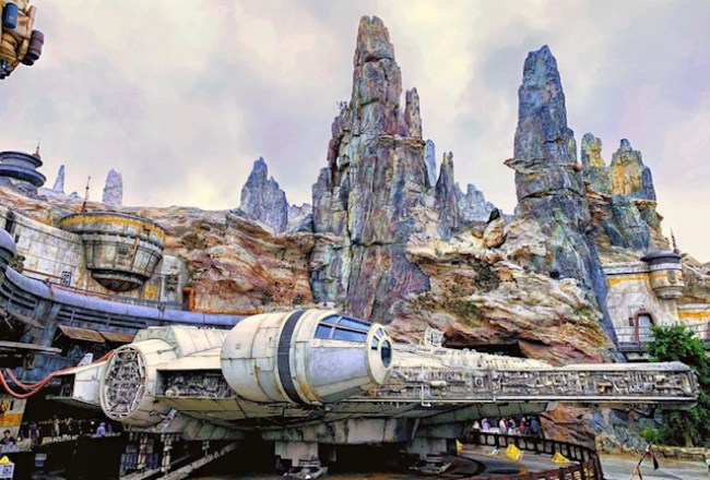 Stolen Galaxy's Edge Merchandise Being Sold Online