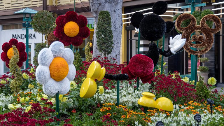 Mickey and Friends Art Pops Up in Downtown Disney District at Disneyland Resort