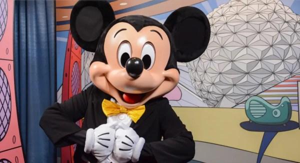 Meet Disney Pals at the Epcot Character Spot Closing this fall 1