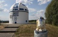 Mega Star Wars Fan and German Professor Paints Observatory Like R2-D2