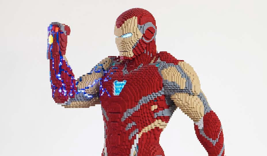 LEGO Constructed A Life-Sized Iron Man From Avengers: Endgame for San Diego Comic Con
