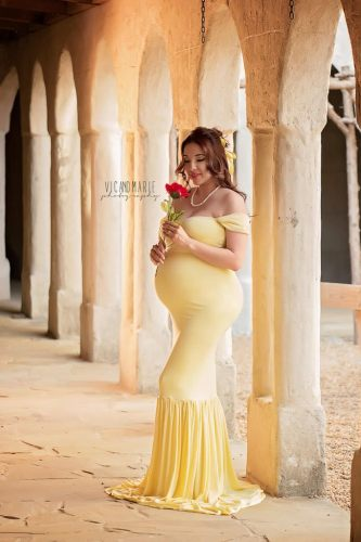 Photography Couple Coordinated Disney Princess Inspired Maternity Shoot 4