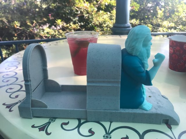 Hitchhiking Ghosts Novelty Souvenirs Are a Haunting Good Time 7