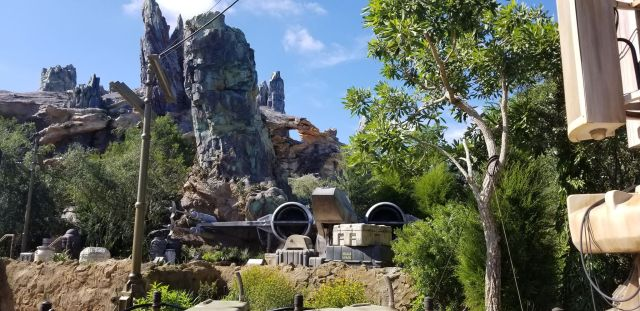 Check Out This Star Wars: Galaxy's Edge Photo Tour