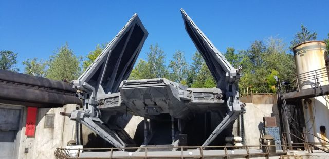 Check Out This Star Wars: Galaxy's Edge Photo Tour 12
