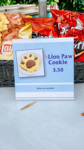 Work on Your Roar with the Lion Paw Cookie 1