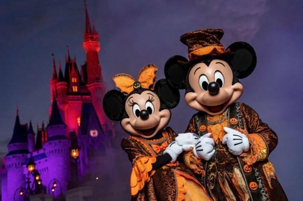 Disney Parks Blog To Stream 'Disney's Not So Spooky Spectacular' Fireworks Display September 15th 1