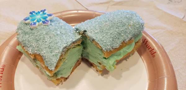The Disney Arendelle Aqua Trend Continues with a Cotton Candy Eclair 1
