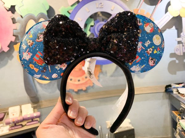 Loungefly Minnie ears