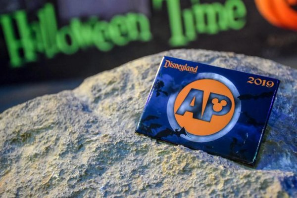 New Halloween Time Button Now Available At Annual Passholder Corner