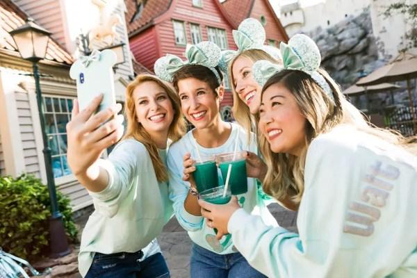 Disney's New Arendelle Aqua 'Frozen' Inspired Treats Coming Soon!