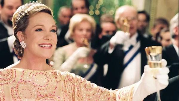Disney Legend Julie Andrews Receives Lifetime Achievement Award 4