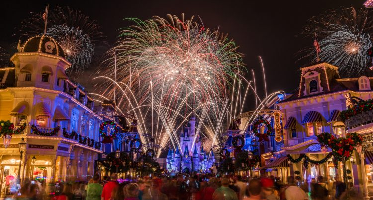 Holiday Magic Awaits at the 2019 Mickey's Very Merry Christmas Party