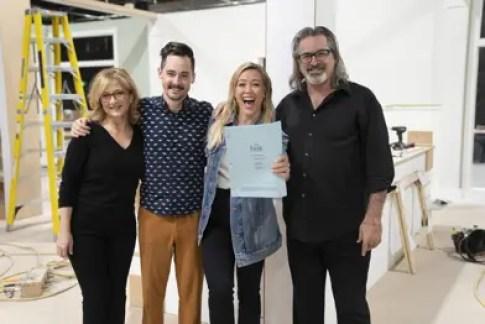 Original Cast Members Reunite With Hilary Duff In New Disney+ Series Lizzie McGuire 1