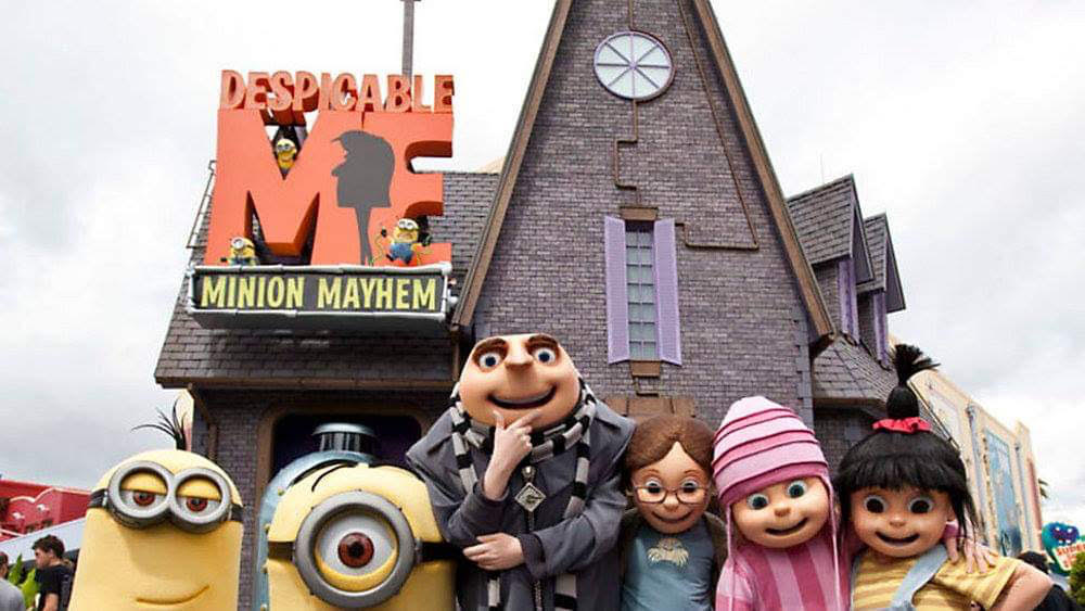 "Universal Team Member Fired After Photobombing Family Photo With ""OK"" Hand Symbol"