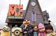 Universal Team Member Fired After Photobombing Family Photo With