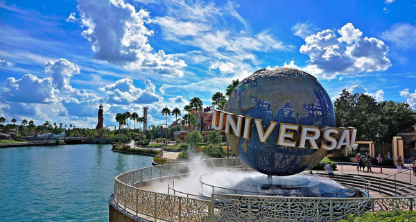 "New York City Man Sues Universal Over ""Unlimited Drink"" Offer 2"