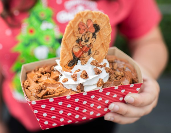 Sneak Peek of the Foods of Mickey's Very Merry Christmas Party 11