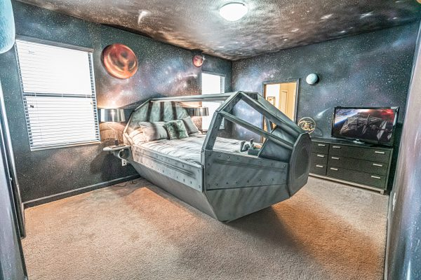 New Twelve Parsecs Airbnb by Loma Homes Available to Rent