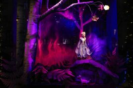 """SAKS FIFTH AVENUE CELEBRATES ANNUAL HOLIDAY WINDOW UNVEILING WITH DISNEY'S """"FROZEN 2"""": WITH SPECIAL PERFORMANCE BY IDINA MENZEL"""