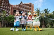 Celebrate the Holidays at Aulani, a Disney Resort and Spa
