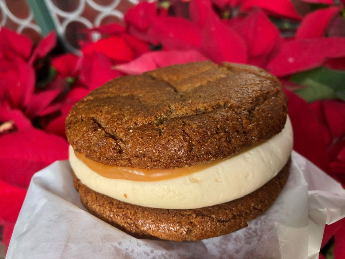 New Caramel Treat at Epcot! The Sweet Caramel Gingerbread Cookie Sandwich!