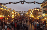 Video: Time Elapsed Video of a day at Disneyland for the Holidays
