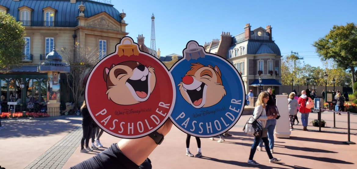 Check out the new Chip 'n' Dale Passholder Photo Op!