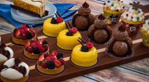 minnie cupcake riviera resort