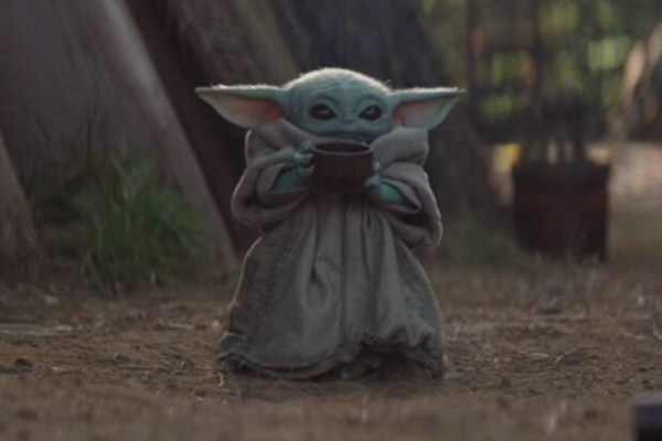 Star Wars Fan Starts Petition to Add Baby Yoda to Emoji's 4