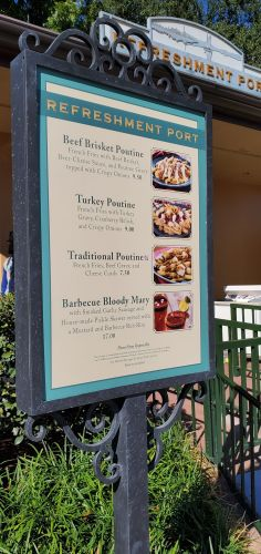 Enjoy Holiday Eats and Drinks at Refreshment Port 4