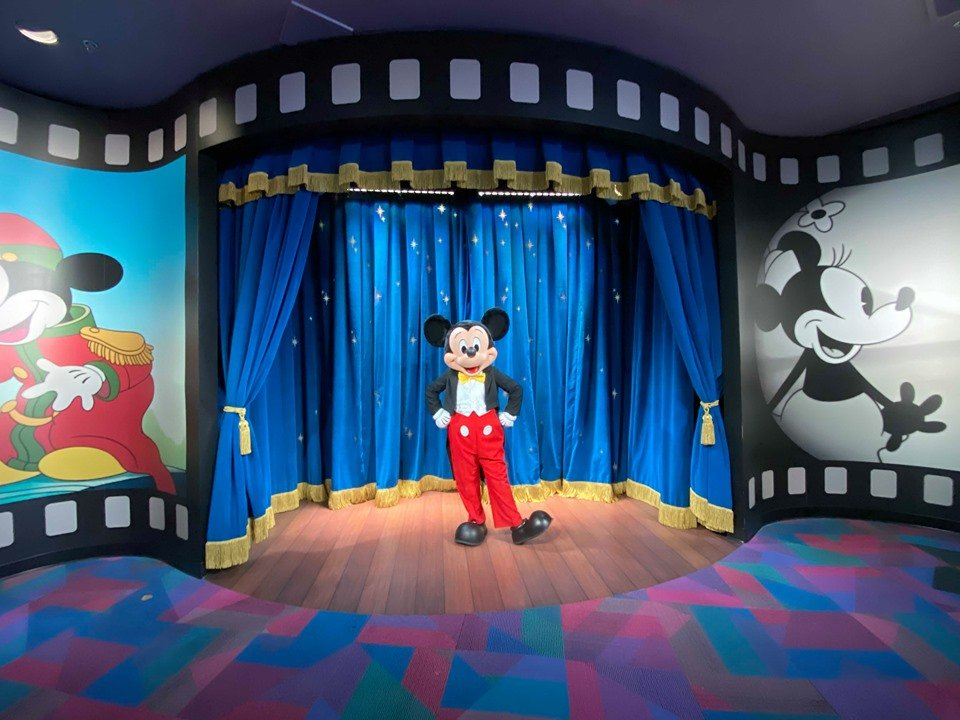New Mickey Mouse Meet & Greet Location At Epcot!