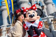 Drew Barrymore Visits Walt Disney World Resort!