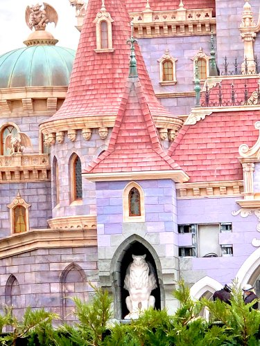 First Look at Beauty and the Beast Castle at Tokyo Disneyland 2