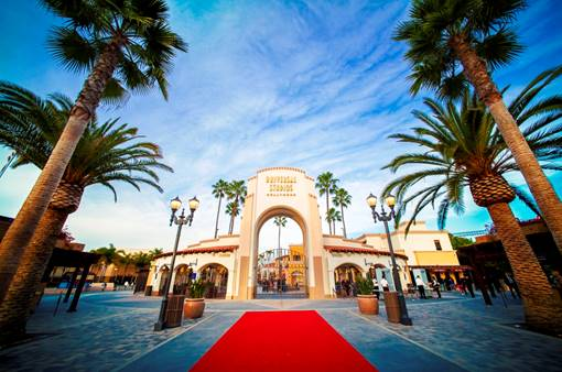 Universal Studios Hollywood Annual Pass has some amazing privileges!