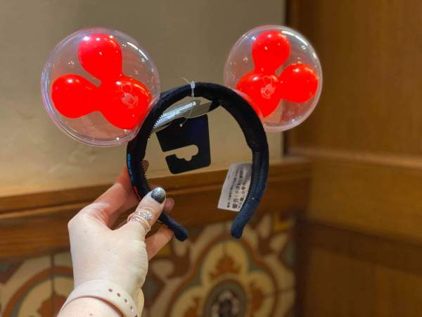 Mickey Balloon Ears Available at Disneyland 3