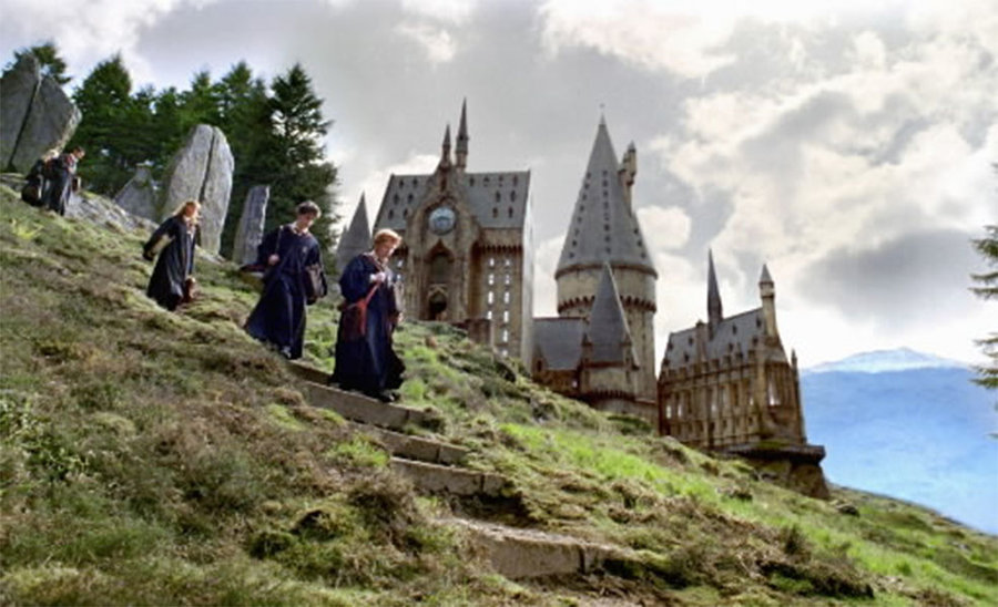 """Complete This """"Harry Potter"""" Themed Escape Room From The Comfort of Your Home"""