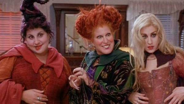 Adam Shankman Hired as Director for 'Hocus Pocus 2' Coming to Disney+ 3