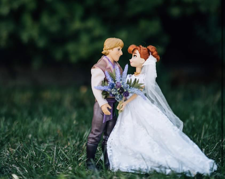 Disney Wedding Photos: Anna and Kristoff's Royal Wedding